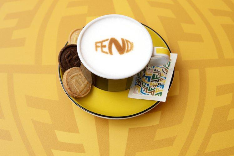 FENDI CAFFE推出甜、鹹口味的FENDI Bites小點心以及咖啡。圖/...