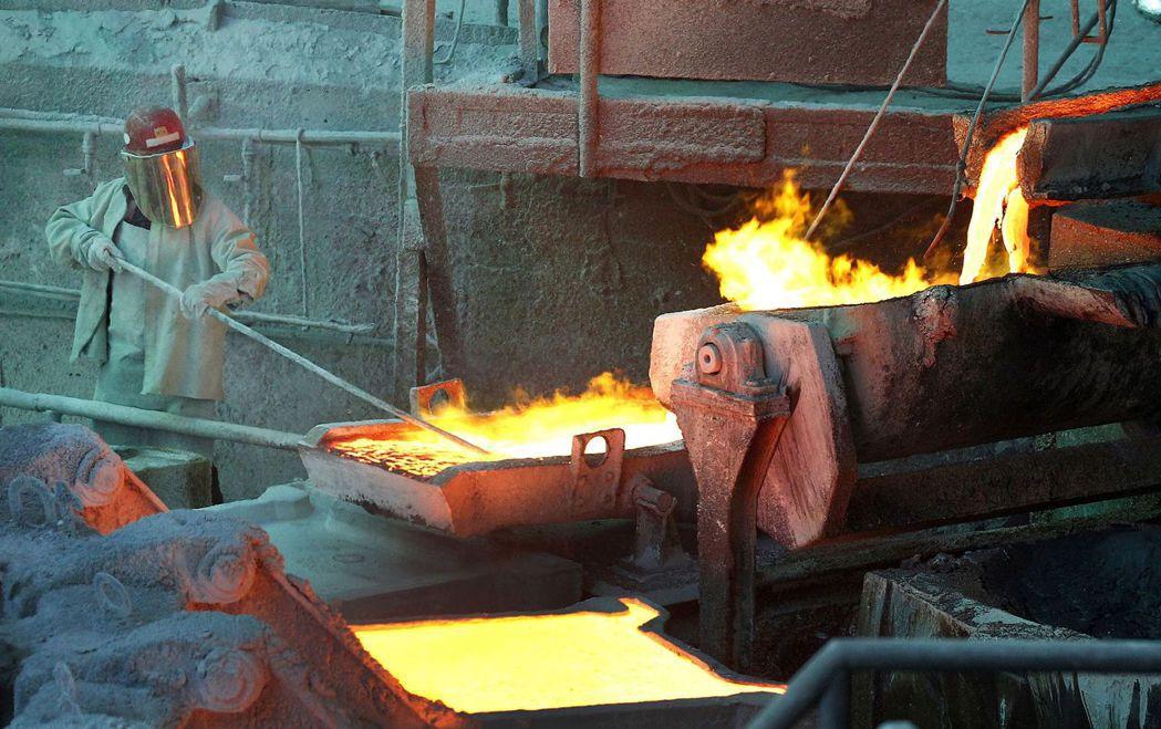 智利銅礦業正面臨30多年來最嚴峻的法規威脅,增添銅礦供應的風險。(路透)
