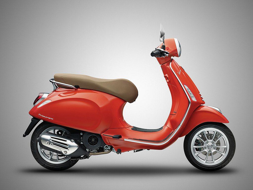 偉士牌Primavera 125與Primavera S 125皆搭載125cc...