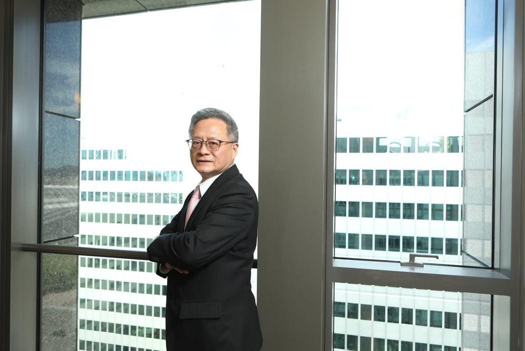 從寶來加入元大的金控總經理翁健,曾當金控總稽核,甚至受邀赴主管機關分享風控做法。...
