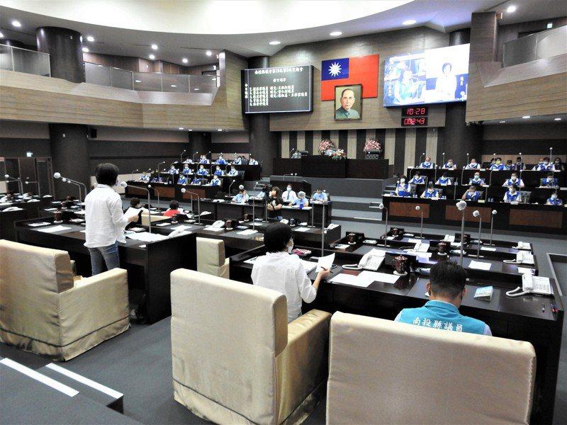 南投縣議會明天起停會至5月31日,剩餘之議事日程順延。記者賴香珊/攝影