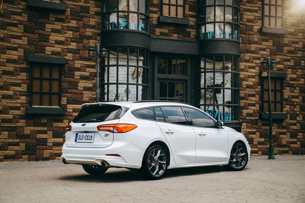 Focus ST Wagon – SLS Edition以C2高剛性底盤配置ST...