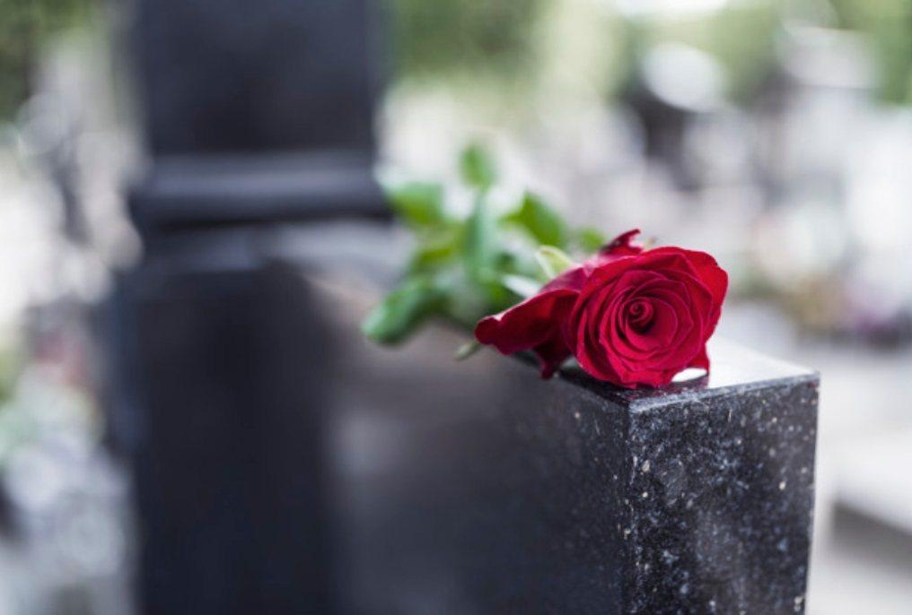 經過這麼多年和死亡共存的生活,我開始明白,死得輕輕鬆鬆,不見得是好事。 圖/fr...