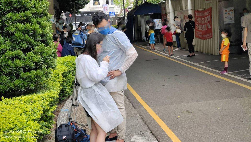 全國疫情進入三級警戒,新聞工作者仍需外出執行採訪工作,台灣新聞記者協會20日發布