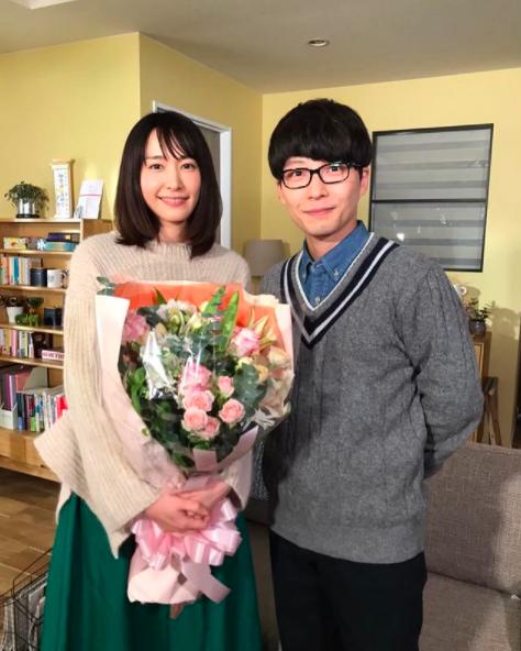 新垣結衣、星野源昨日閃電宣布結婚。圖/摘自IG