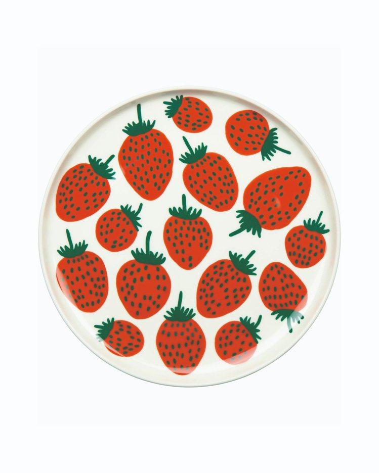Mansikka印花餐盤,1,350元。圖/Marimekko提供