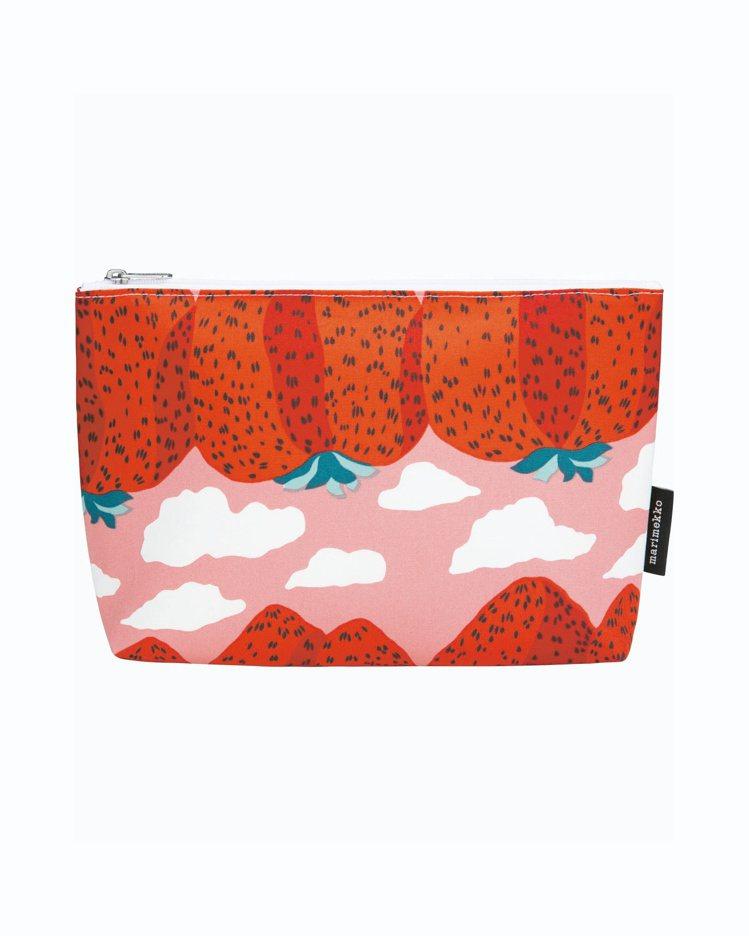 Mansikkavuoret印花化妝包,2,750元。圖/Marimekko提供
