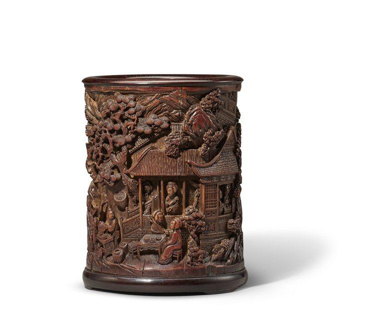 18世紀竹雕十美圖筆筒,估價40萬港元起。圖/邦瀚斯提供