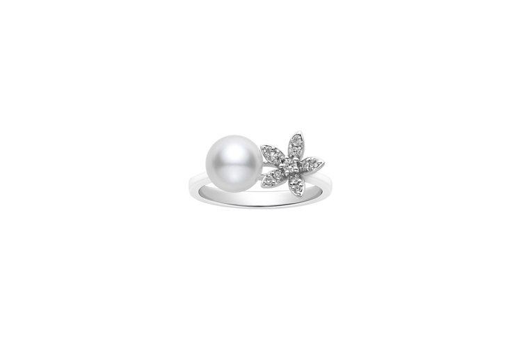 全新MIKIMOTO花卉造型珍珠鑽戒五瓣花瓣款,18K白金鑲嵌鑽石與日本Akoy...