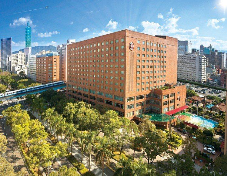 台北福華全面暫停客房預訂至5月28日。圖/摘自官方粉絲團