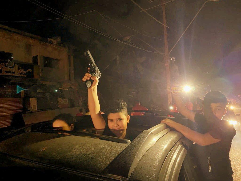以色列與巴勒斯坦「哈瑪斯」連續11天的互轟砲戰,在累積242死後終於達成停火協議...