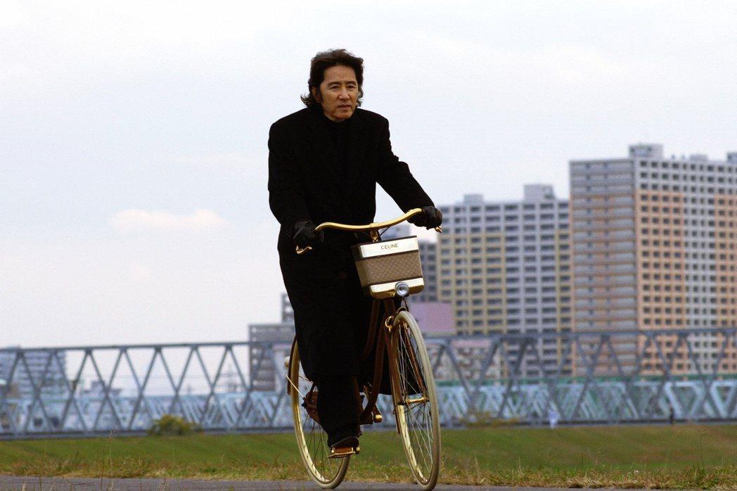 警部補古畑任三郎,這次騎著腳踏車永遠地離開事件現場了。 圖/《古畑任三郎》