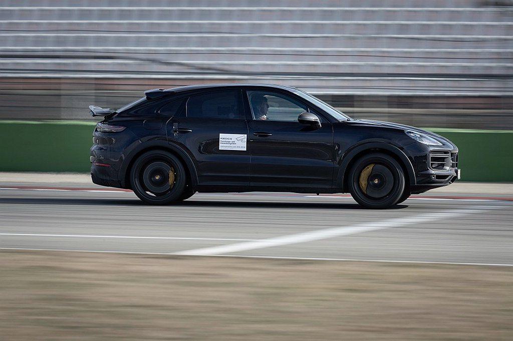 保時捷Cayenne全新高性能車款以Cayenne Turbo Coupe為基底...