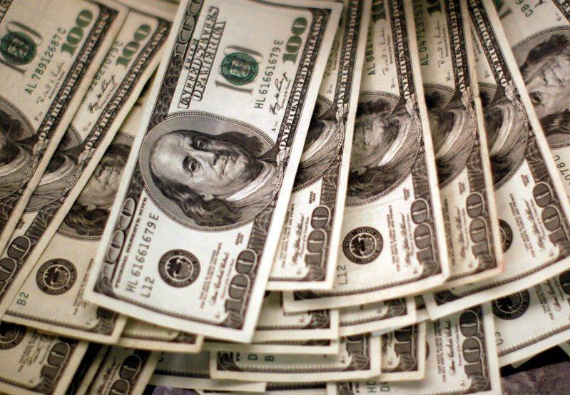 美元指數再跌至90以下。路透
