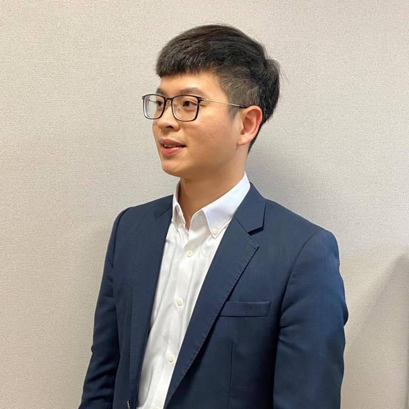 國民黨前主席發言人凌濤在臉書詢問防疫指揮官陳時中,「校正回歸」又是什麼新創造的名詞? 圖/截自凌濤臉書