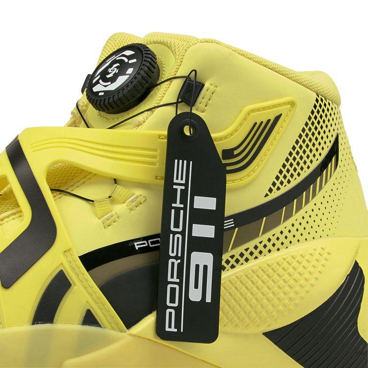 PUMA Disc Rebirth Porsche鞋,鞋側加附Porsche字樣...