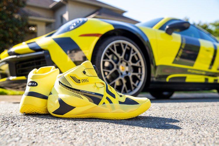 PUMA Disc Rebirth Porsche籃球鞋4,980元。圖/PUM...