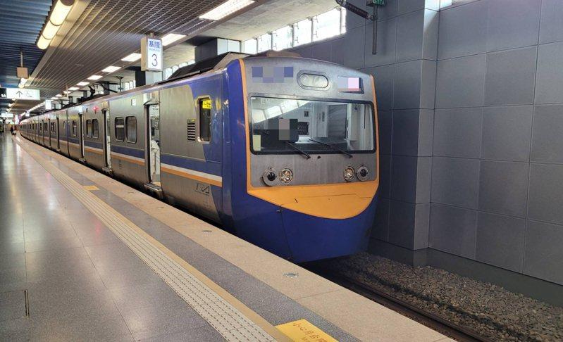 就愛這味!68歲獨居男連26天搭火車去萬華得意春茶室,匡列4人。記者游明煌/攝影