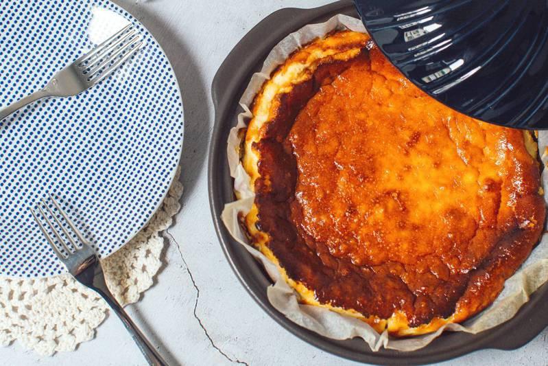 巴斯克乳酪蛋糕。圖/悅知文化 提供
