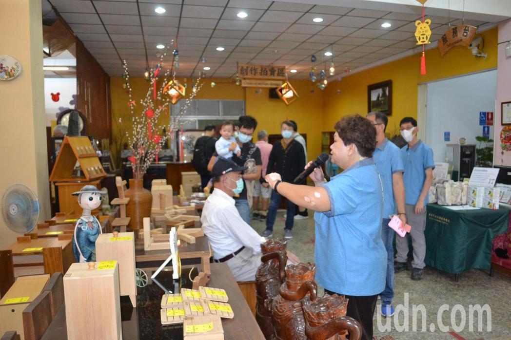 台南市環保局藏金閣即日起暫停對外開放,'並取消例行拍賣日活動。記者鄭惠仁/攝影
