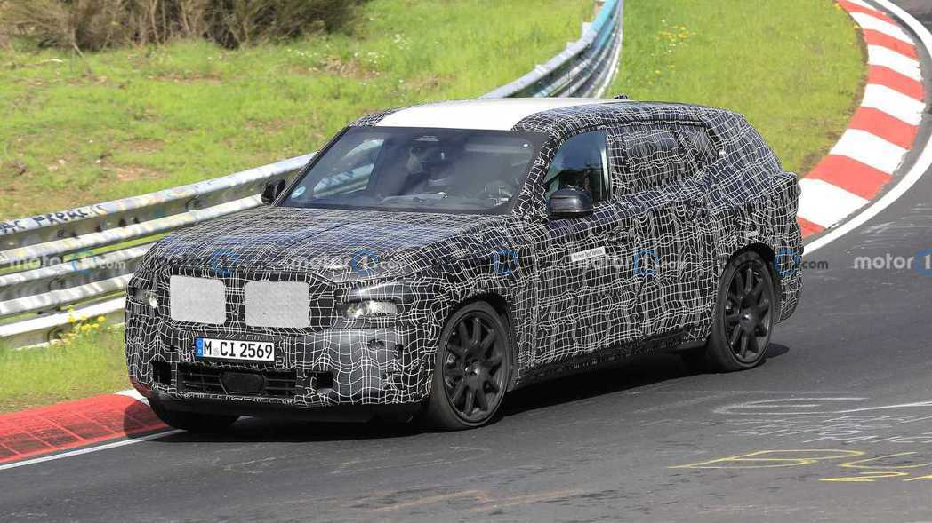 全新BMW X8現正測試中。 摘自Motor 1