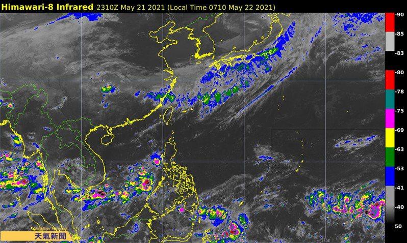 今明兩天鋒面的位置仍在台灣北方,預估都將是午後山區有熱對流雷雨的天氣型態。圖/取自「天氣職人-吳聖宇」臉書粉專