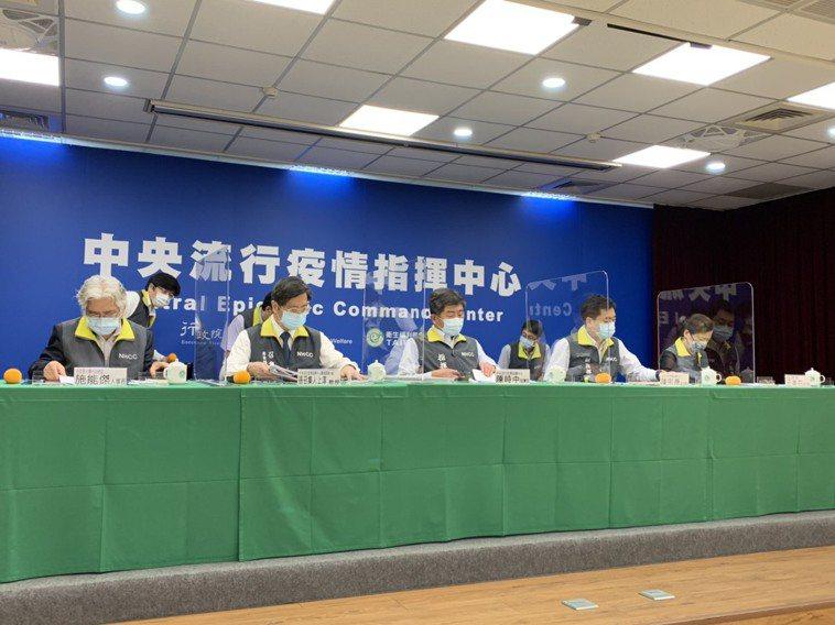 目前自4月15日之後,本土個案已經增加2千多例,指揮中心專家諮詢小組召集人張上淳...