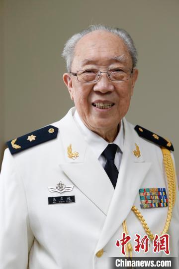 「中國肝膽外科之父」,大陸第二軍醫大學前副校長吳孟超,因病逝世,享耆壽99歲。中新網