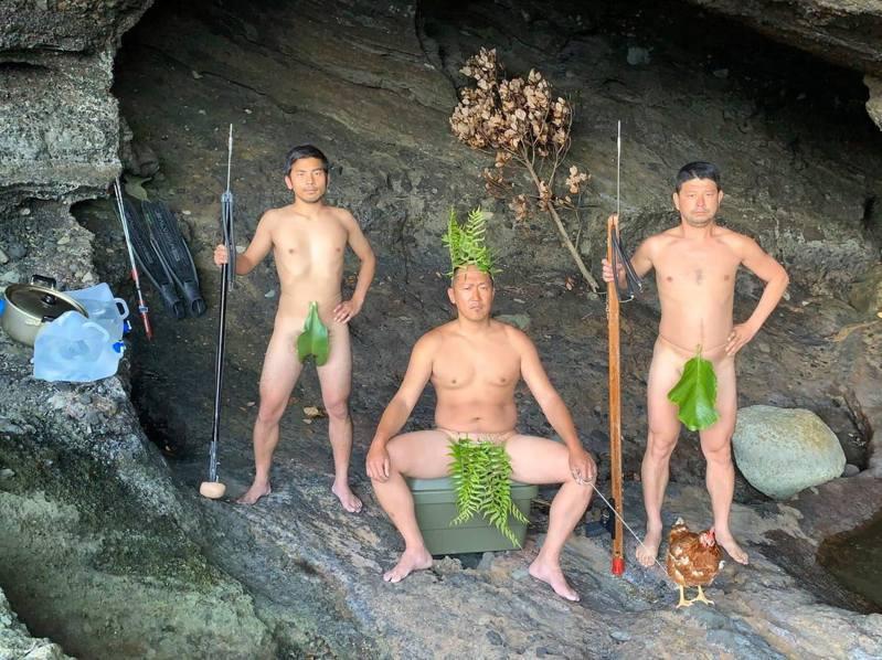 隔天一早,三人另尋住處,發現了一座廢棄的學校,最後也找到能遮風避雨的洞穴,再度開啟他們的第二個生存地。(Twitter@Ken @ 海と生きる)