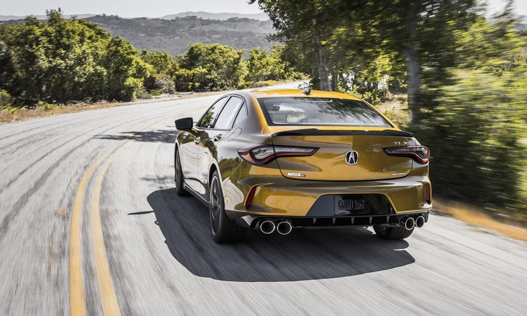 Acura TLX Type S的強悍性能讓北美市場外車迷口水直流。 圖/Acu...