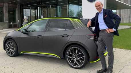 Volkswagen ID.X純電性能概念車露出 根本就是純電版Golf R!