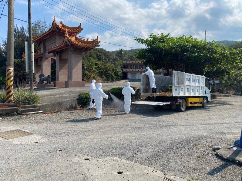 屏東確診者案4226曾於本月20日下午造訪台東縣大武鄉北隆宮,縣府今緊急派員清消。圖/台東縣政府提供