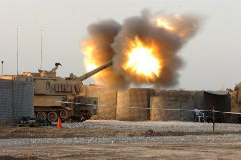 M109A6自走砲爭議:陸軍如何突破火砲困境,達成「常後一體」?