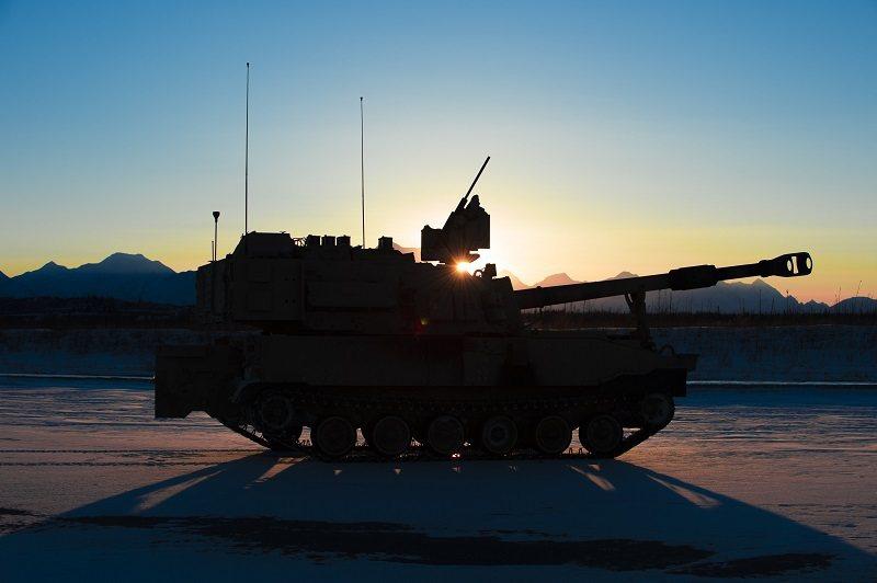 台灣需要的是政府的支持,加強研發或引進關鍵技術,並逐步提高自製比率,讓陸軍至少能掌握最基本的火砲彈藥,如此才有機會慢慢達成「常後一體」的目標。 圖/取自BAE Systems
