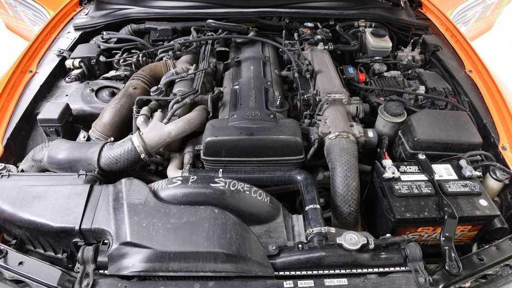 經典的2JZ-GTE 3.0升直六Twin Turbo引擎。 摘自Barrett...