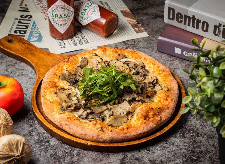 瓦薩美式餐廳推出外帶比薩買1送1。圖/森邦集團提供