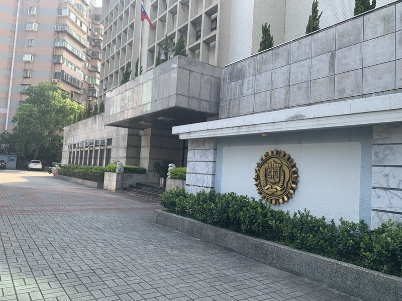 台北市調查處外勤據點22日曾接獲進行校正回歸確診400例不滿言論蒐報,圖為外勤處站。圖/聯合報系資料照片