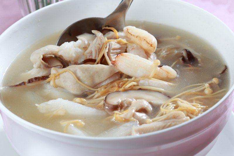 錦霞樓的花菇干貝豬肚湯。圖/業者提供