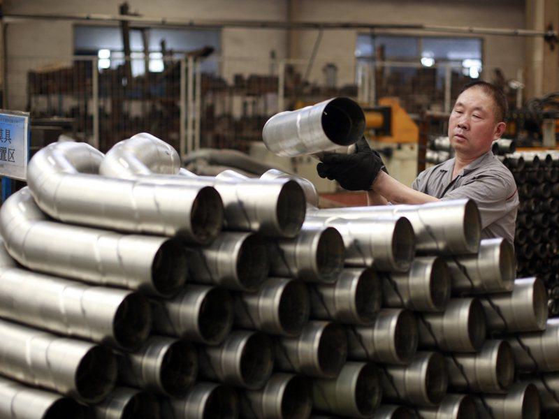 與5月上旬相比,無縫鋼管5月中旬上漲10.9%。新華社資料照片