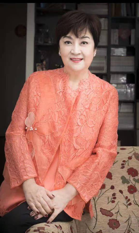 甄珍之前在香港動了腦部手術,沒有驚動外界。圖/摘自Facebook