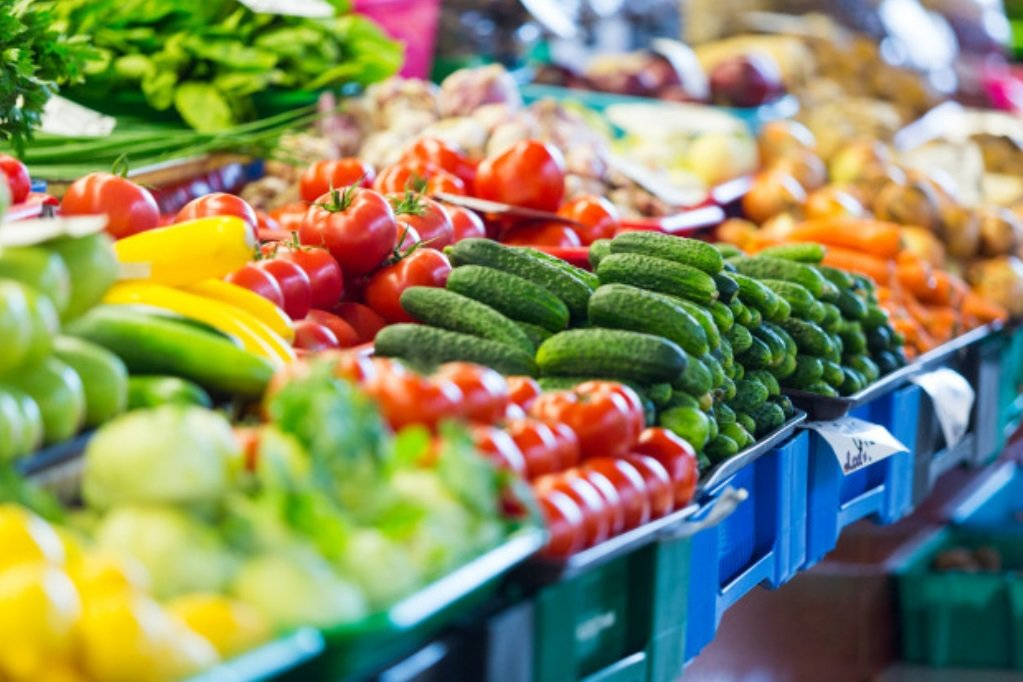 生鮮食品一直以來都是高風險區,因為大家進來,不一定會買,但一定會摸一下 圖/fr...