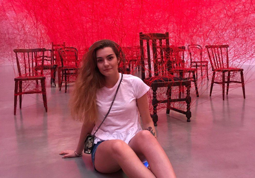 波塔塞維奇隨行的俄羅斯籍女友莎佩佳( Sofia Sapega),則直接在明斯克...