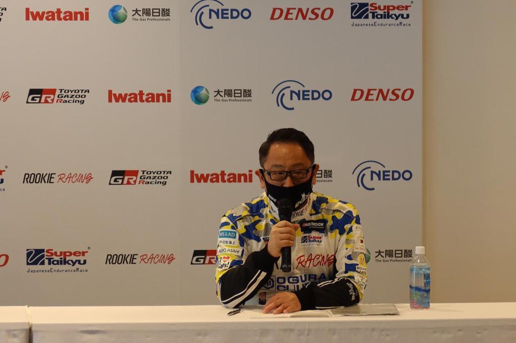 再次以「Morizo車手」親自參加比賽的社長豐田章男先生。 摘自motor-fa...