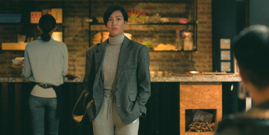 莫莉獻電影處女秀 「再說一次我願意」,曝光超短髮造型。圖/皮諾丘電影提供