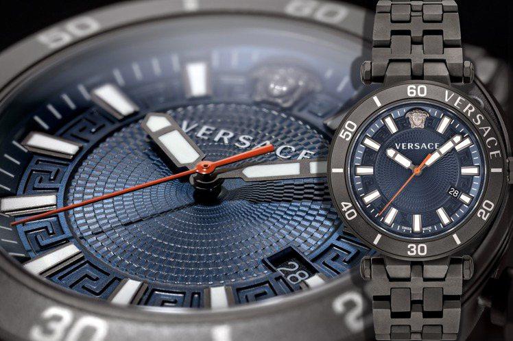 VERSACE嶄新的Greca Sport系列表款,結合最熱門的潛水表外觀和奢華...