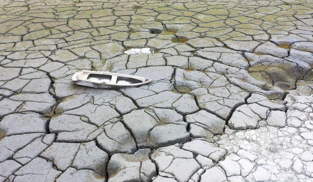 台灣持續受乾旱問題困擾。(美聯社)