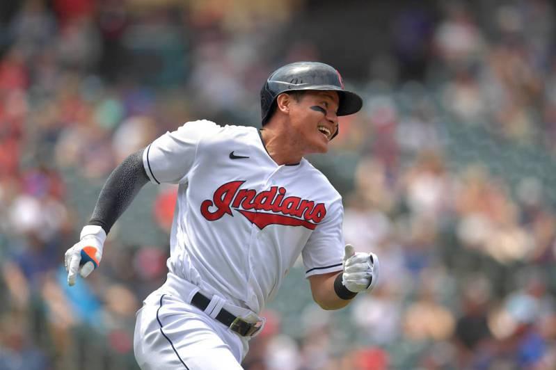 張育成先發擔任第八棒、一壘手,2打數未敲安,中斷前兩場敲安手感。 法新社
