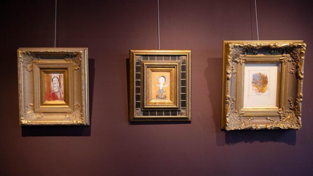 苗可麗的娃娃屋也收藏著她的畫作。 圖/苗可麗提供