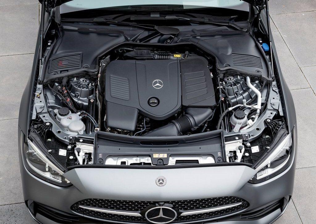 2.0升四缸渦輪增壓引擎,動力輸出為258hp/40.8kg-m。 摘自Merc...