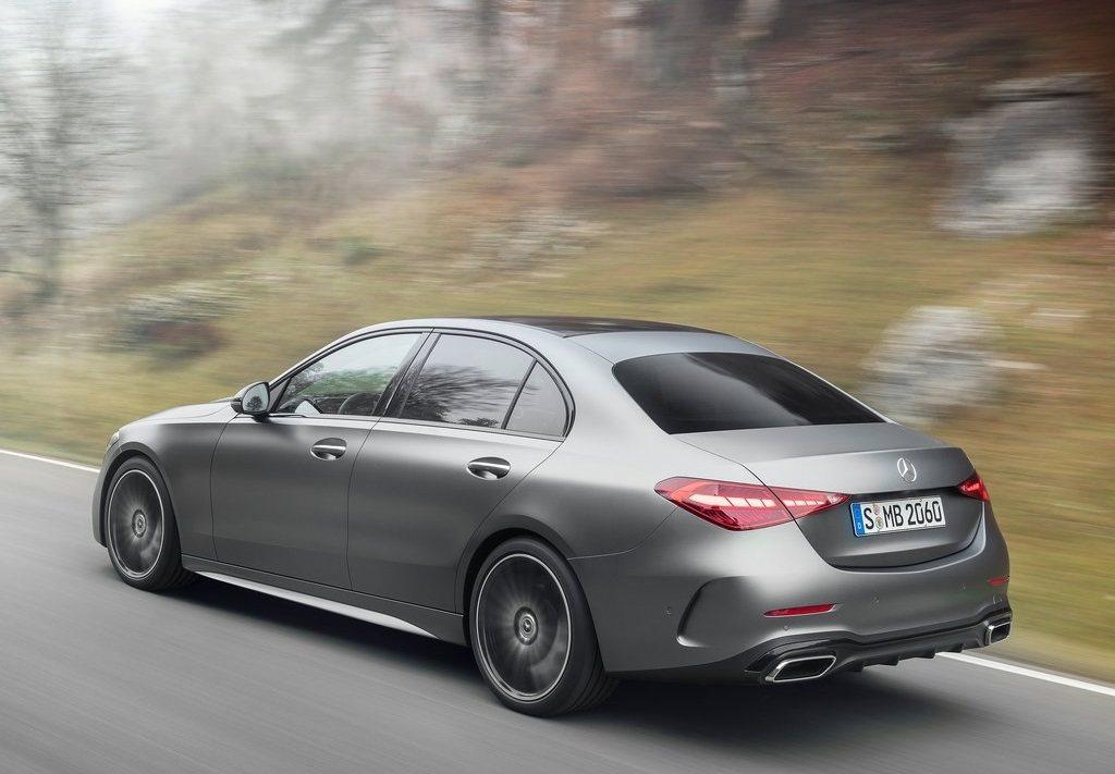 C-Class不慣在國內外一直都是Mercedes轎車的主力車款。 摘自Merc...